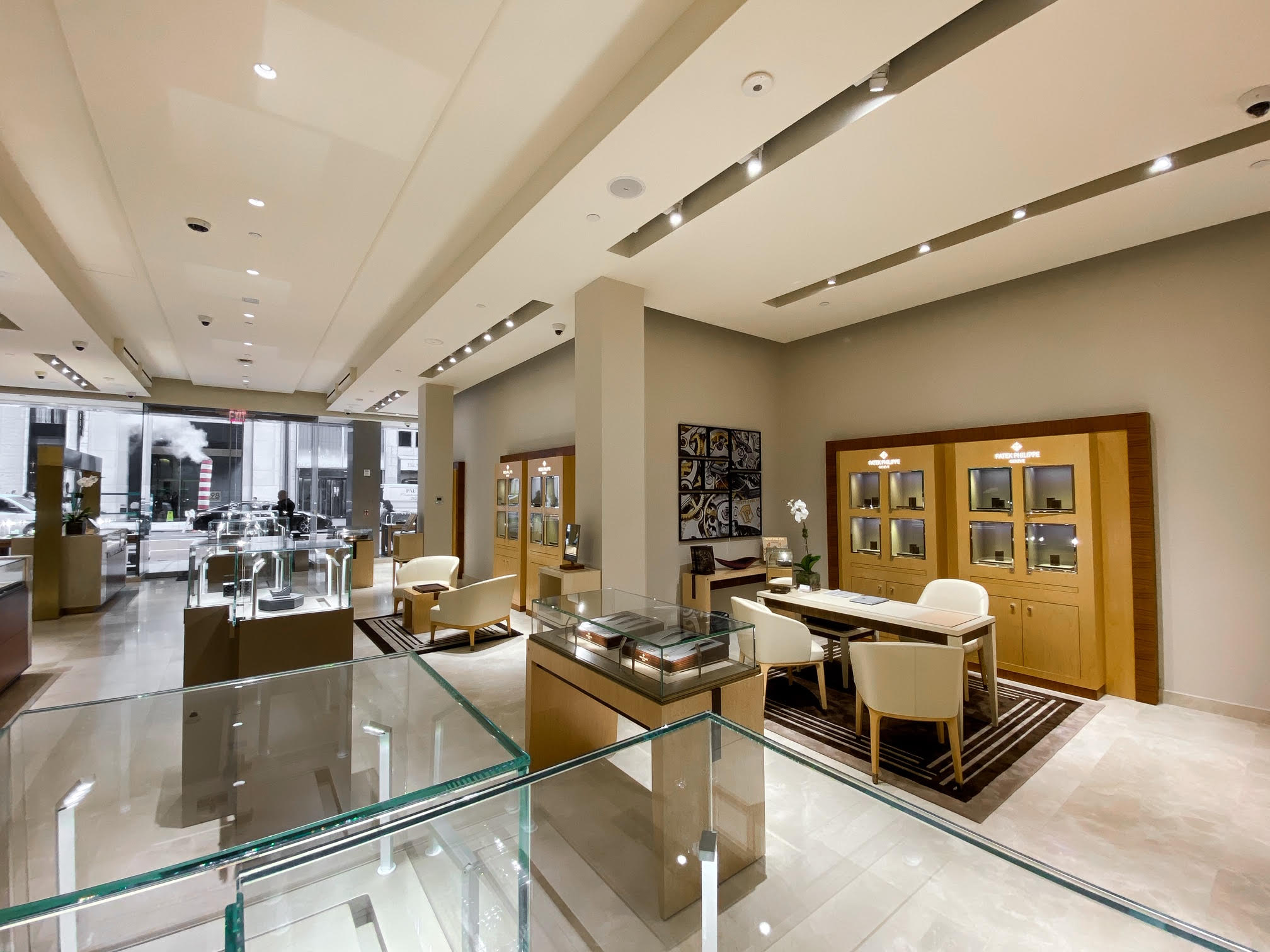 Tourneau Timemachine store interior