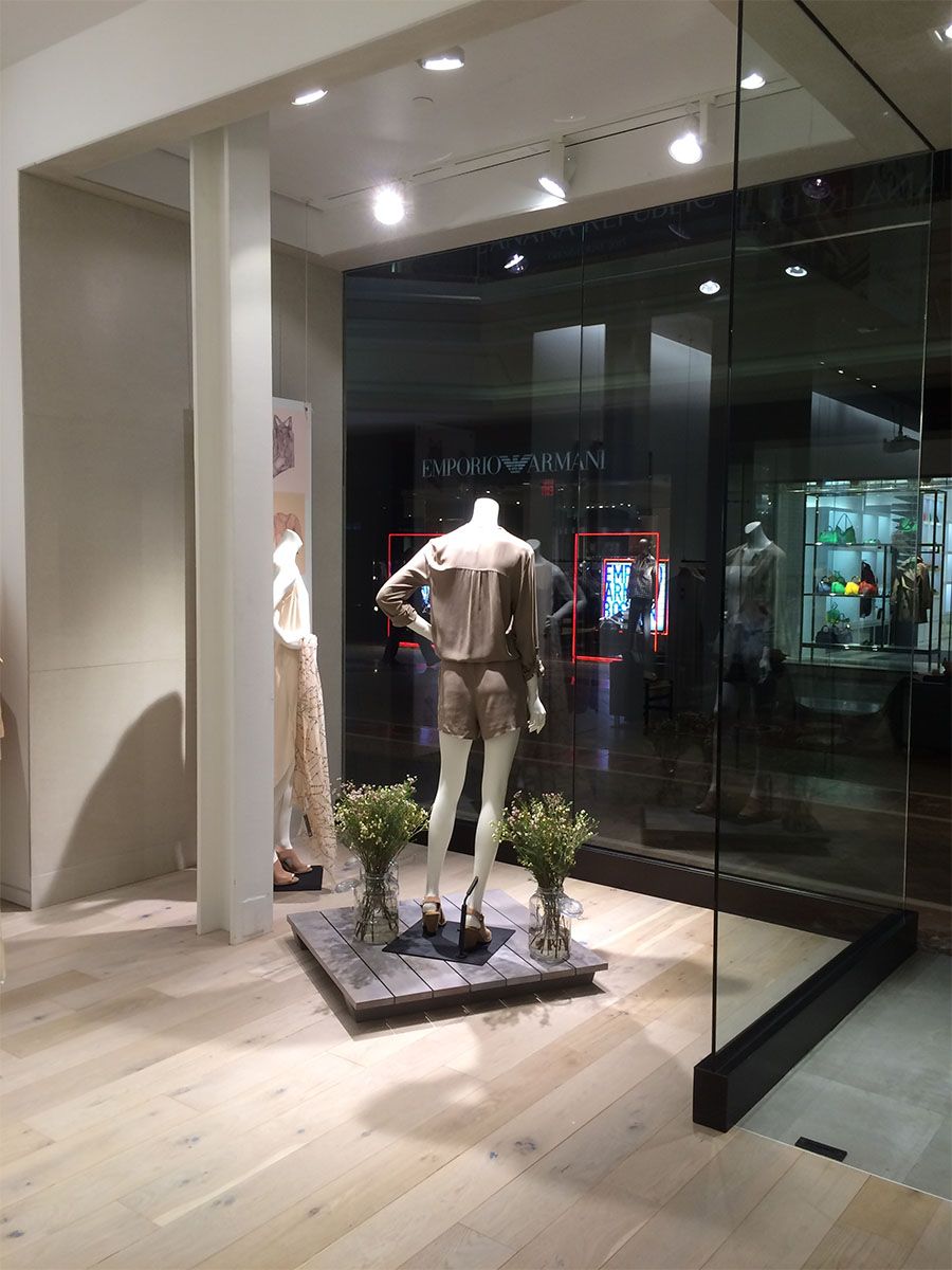 Eileen Fisher store exterior
