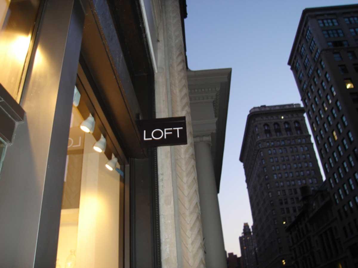 Ann Taylor Loft store exterior