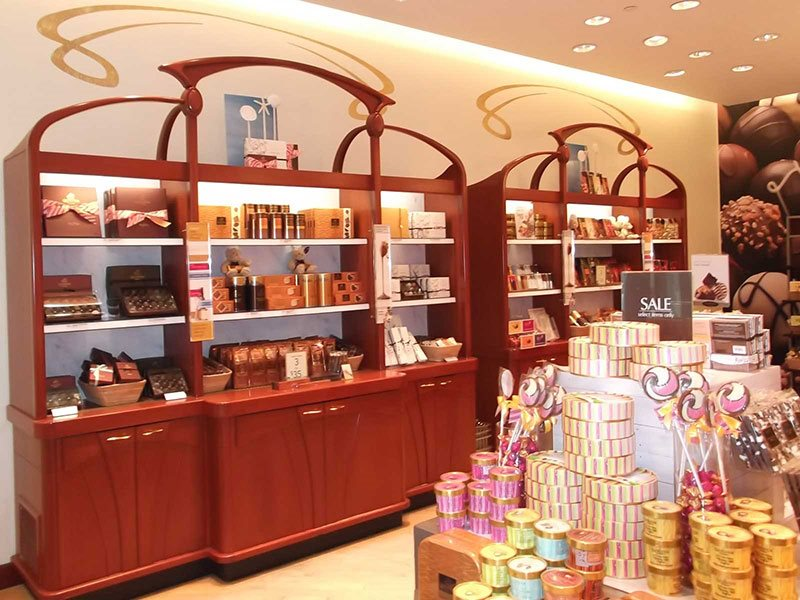 Godiva Chocolatier store interior